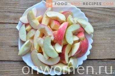 Компот от ябълки и сливи за зимата