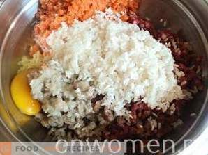 Телешко с оризови топчета
