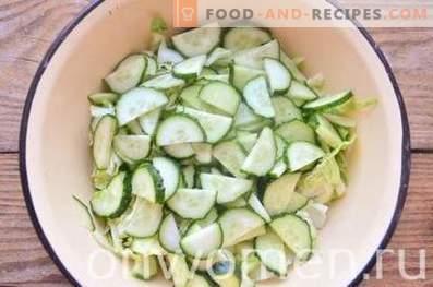 Зелена салата с яйце и краставица