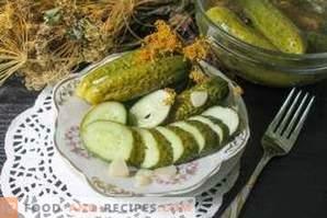Как се правят солени краставици