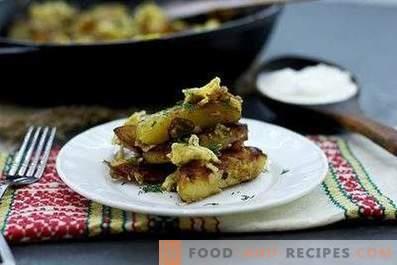 Картофи, пържени с лук, чесън и яйца