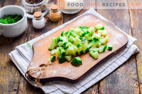 Салата Малибу с пиле, сирене и зеленчуци. Опитайте със сигурност!