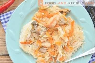 Рис вермичели с пиле в соев сос