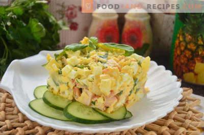 Салата с пушено пиле, ананас, сирене, яйце